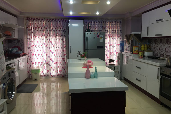 120 متر کاشانی آلاله شرقی سرو، آشپزخانه